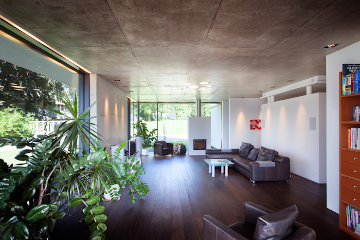 Ruang Keluarga Modern Oleh Klaus Geyer Elektrotechnik Modern