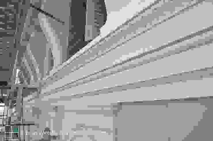 RESTAURACIÓN REALIZADA DE UN EDIFICIO PROTEGIDO DE L'EIXAMPLE. Casas de estilo clásico de Estudio Arquitectura Ricardo Pérez Asin Clásico