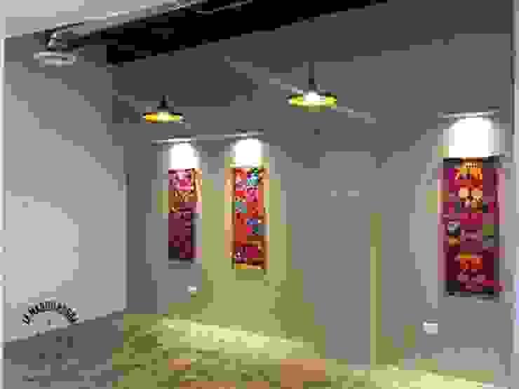 by La Maquiladora / taller de ideas Iндустріальний