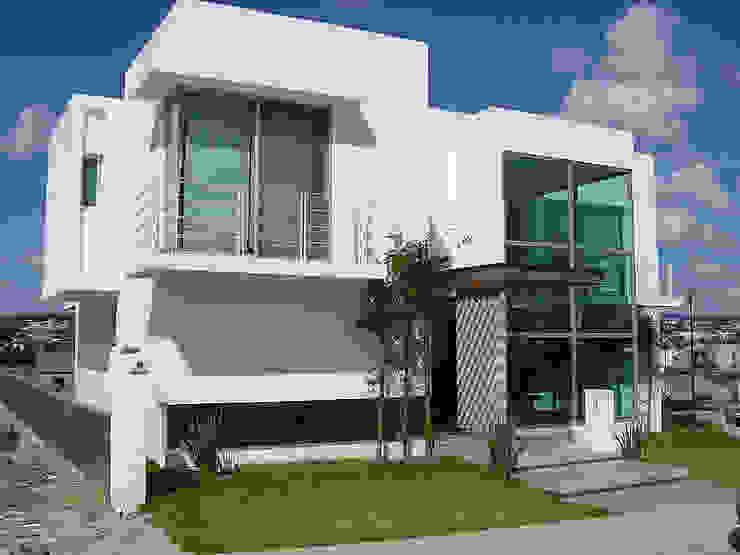 Fachada Casas modernas de AParquitectos Moderno Vidrio