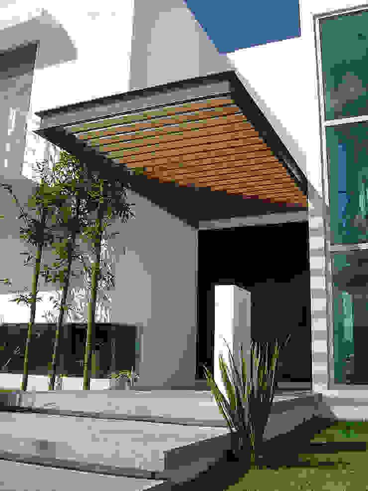 Pergolado Madera Casas modernas de AParquitectos Moderno