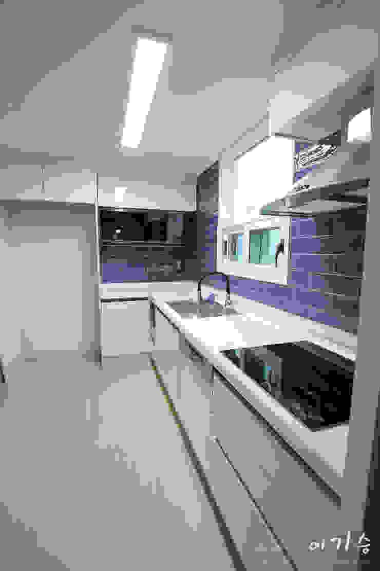 둔산동 한마루아파트 37평형 모던스타일 주방 by 더홈인테리어 모던