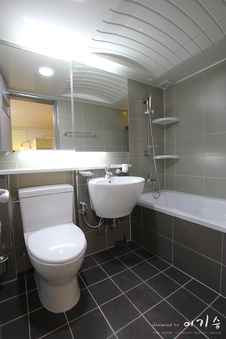 둔산동 한마루아파트 37평형 모던스타일 욕실 by 더홈인테리어 모던