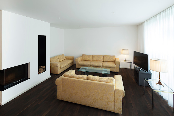 Salas de estar modernas por Klaus Geyer Elektrotechnik Moderno