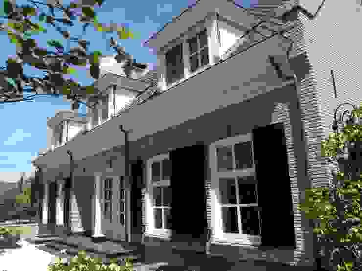 """Notariswoning Villa """"De Hofstede"""" Klassieke huizen van Brand I BBA Architecten Klassiek"""