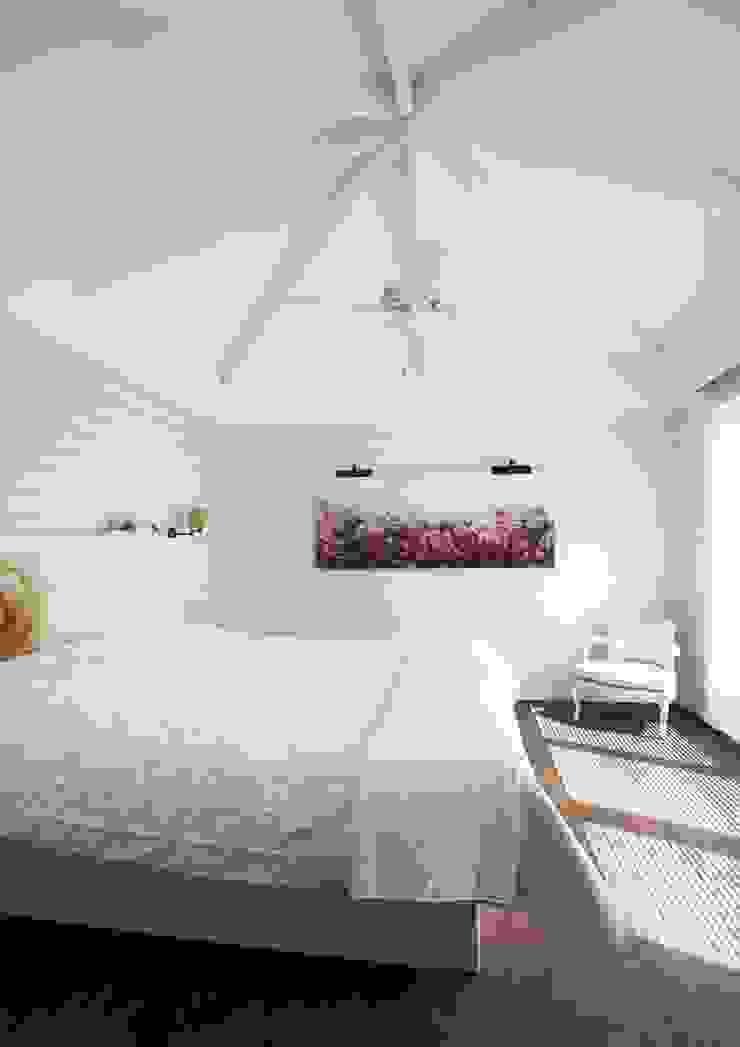 Landelijke woning MiCasa Landelijke slaapkamers van Brand I BBA Architecten Landelijk
