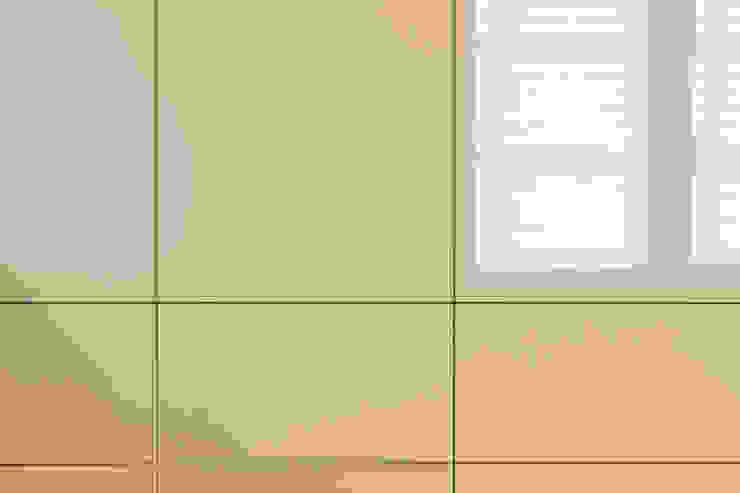 Vestidores y placares modernos de dieMeisterTischler Moderno