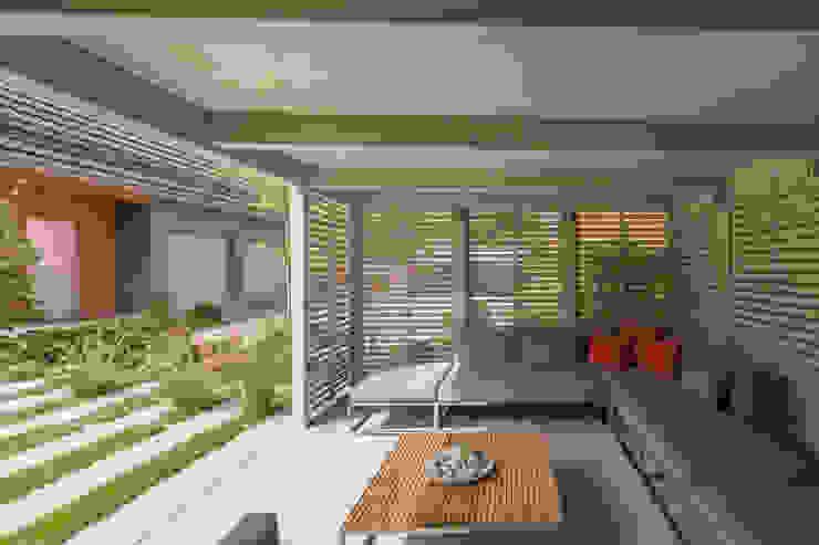 dieMeisterTischler Modern style gardens