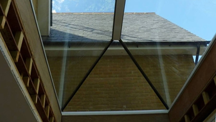 Pyramid Skylight Installation Project For a Private Client Sunsquare Ltd Modern windows & doors