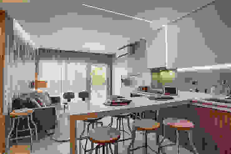 Casa de Praia Cozinhas industriais por Santiago | Interior Design Studio Industrial