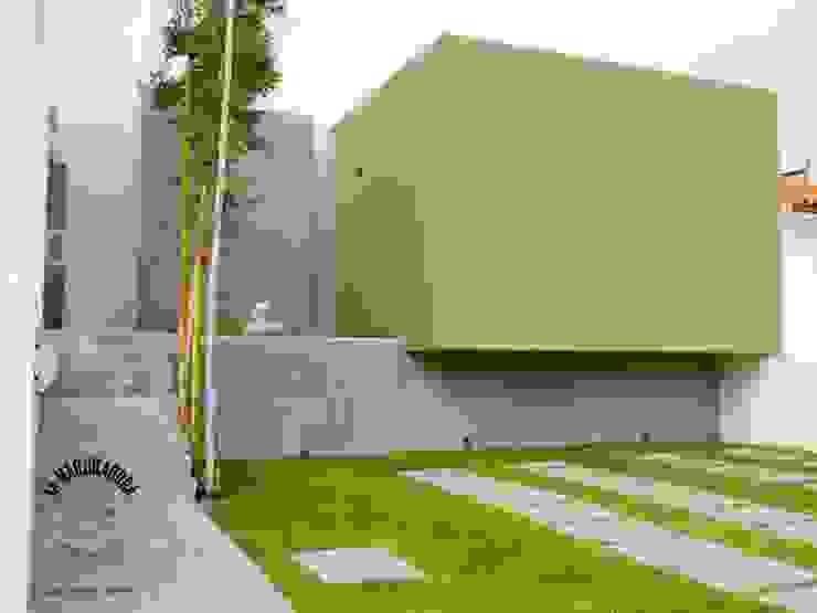 Casa T26 Casas minimalistas de La Maquiladora / taller de ideas Minimalista