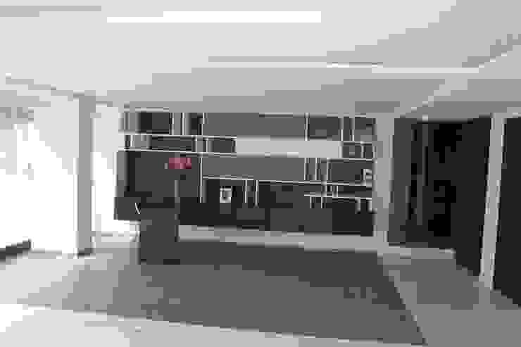 Oficinas de estilo moderno de IARKITECTURA Moderno Madera Acabado en madera