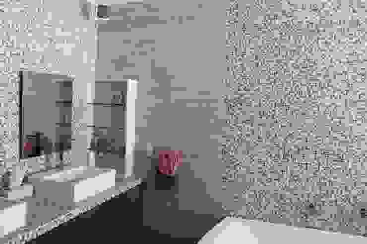 Modern Bathroom by IARKITECTURA Modern Tiles