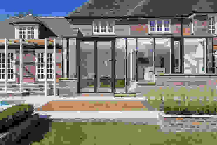 Andover Road Modern windows & doors by IQ Glass UK Modern