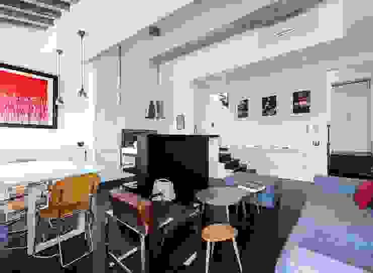 Ristrutturazione residenziale a Firenze Sala da pranzo moderna di de vita e fici architetti associati Moderno