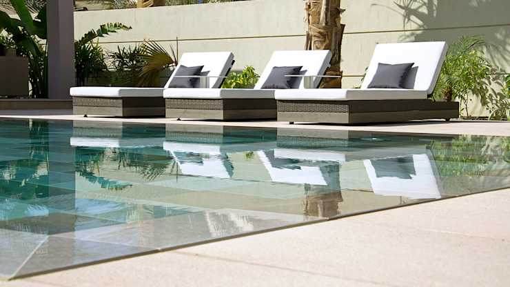 Double board overflow swimming pool Xterior Landscaping and Pools Piscinas de estilo moderno