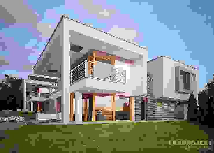 Oleh LK&Projekt GmbH