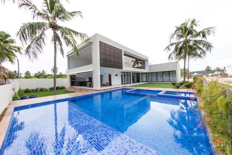 Maisons modernes par Carolina Mota - Arquitetura, Interiores e Iluminação Moderne