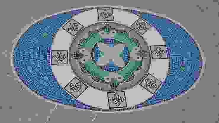 Mandala para fondo de piscina: Piletas de estilo  por Mosa Y Quito,Moderno