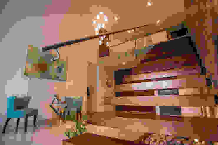 Detalle escalera Pasillos, vestíbulos y escaleras modernos de AParquitectos Moderno