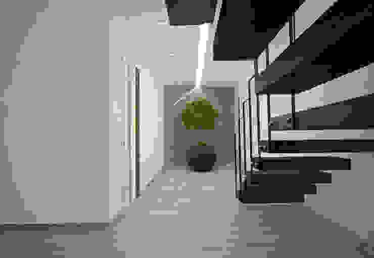 Tiago Martins - 3D 現代風玄關、走廊與階梯