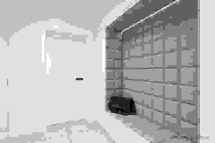 MIRAI STUDIO 走廊 & 玄關 磁磚 Grey