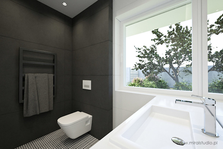 MIRAI STUDIO Minimalist style bathrooms Tiles Black