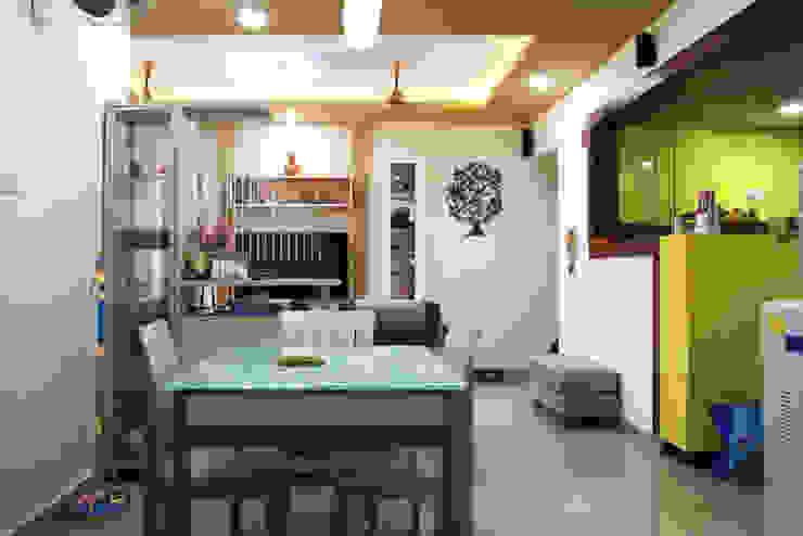 3bhk apartment in Appasamy Mapleton, Pallikaranai.. Asian style dining room by Ashpra Interiors Asian