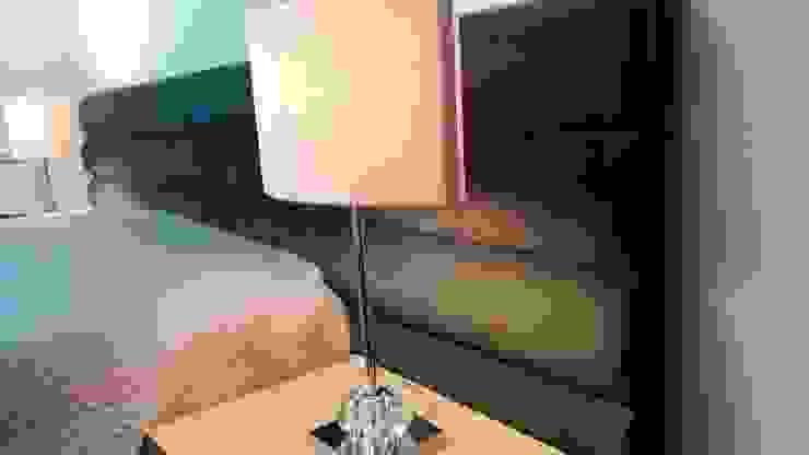 Conforto e Individualidade Quartos modernos por Favos Comércio de móveis e artigos para decoração lda. Moderno