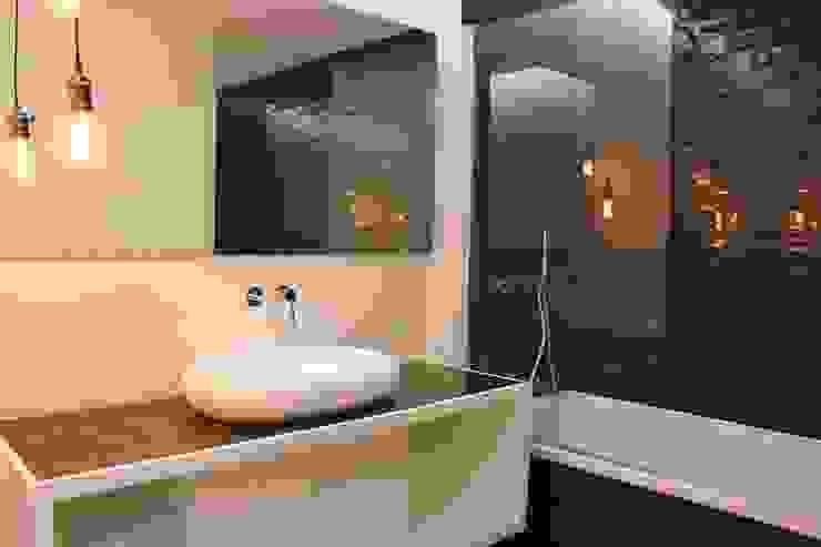 Kamar Mandi Modern Oleh G.R design Modern