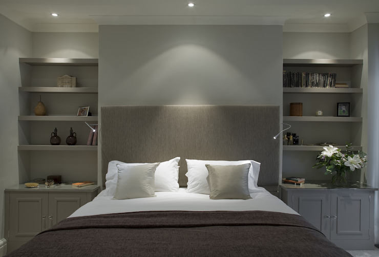 Master Bedroom - Chelsea Townhouse Oleh Arq-A Interiors Limited Klasik Kayu Wood effect