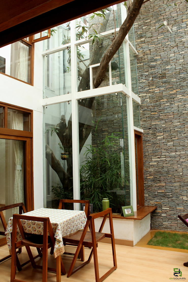 """the """"court"""" house Modern living room by de square Modern"""