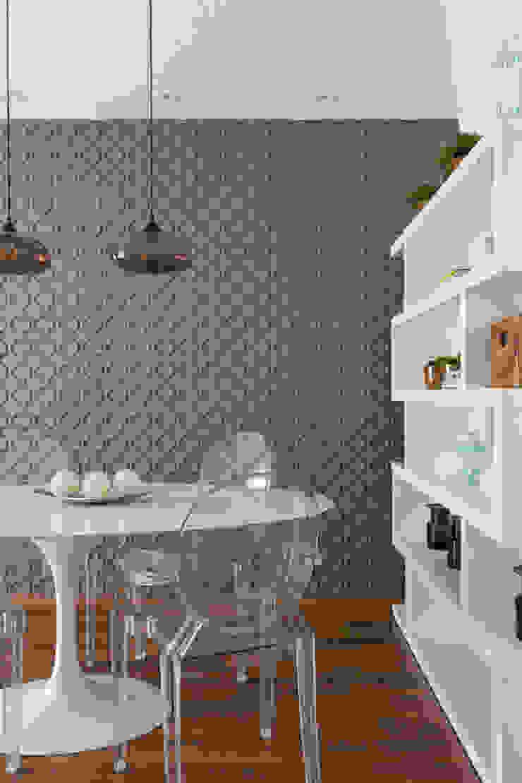 SESSO & DALANEZI Modern dining room Grey