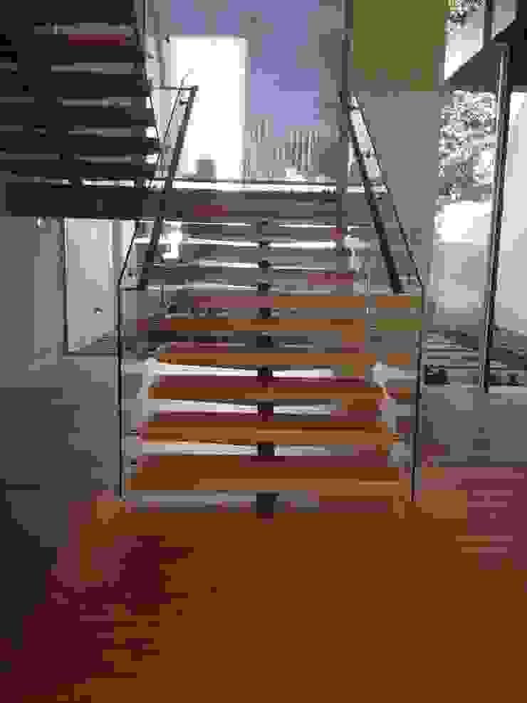 modern  by Prestige Ahşap Merdiven Dekorasyon San.Tic.LTD.ŞTİ, Modern Wood Wood effect