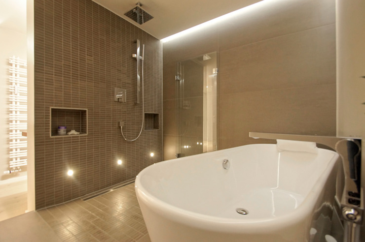 Bathroom by Bettina Wittenberg Innenarchitektur -stylingroom-, Modern