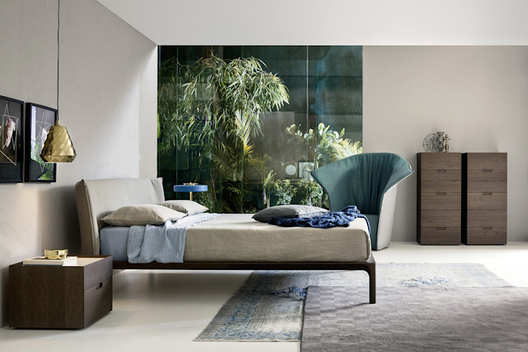 Modern style bedroom by Livarea Modern Wood Wood effect