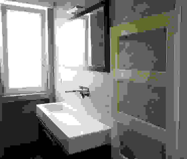 archielle Modern bathroom