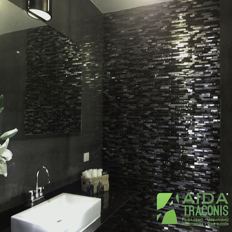 Salle de bain moderne par AIDA TRACONIS ARQUITECTOS EN MERIDA YUCATAN MEXICO Moderne Quartz