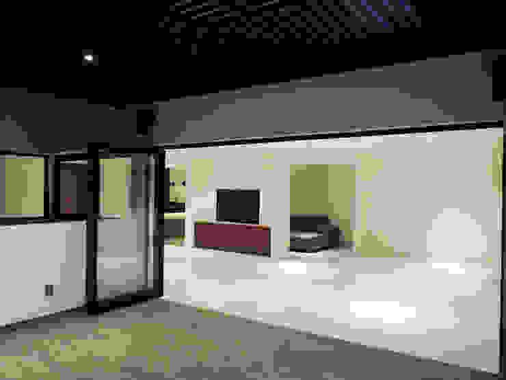 ROOF GARDEN CAÑADA Balcones y terrazas modernos de acosta arquitecto Moderno