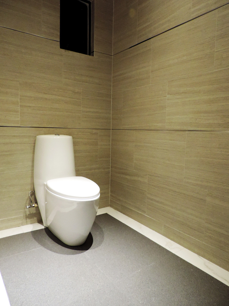 ROOF GARDEN CAÑADA Baños modernos de acosta arquitecto Moderno