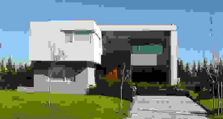 Häuser von Estudio Fernández+Mego, Modern