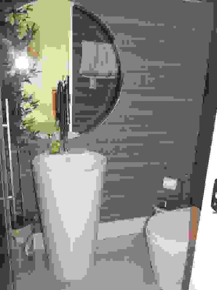 Veridiana Negri Arquitetura BathroomSinks