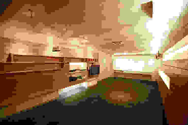 Copo - RIMA Arquitectura Salones modernos de RIMA Arquitectura Moderno Madera Acabado en madera