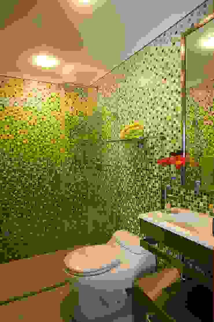 Apartamento 93-A Baños de estilo moderno de Objetos DAC Moderno