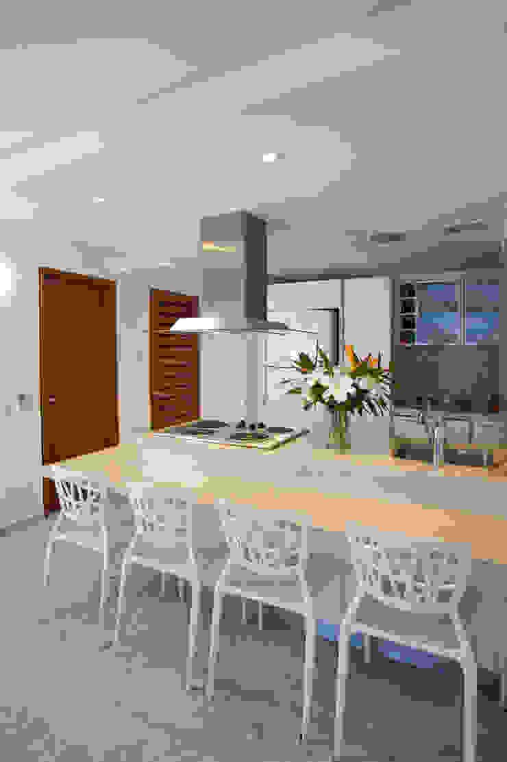 Apartamento 93-A Cocinas de estilo moderno de Objetos DAC Moderno