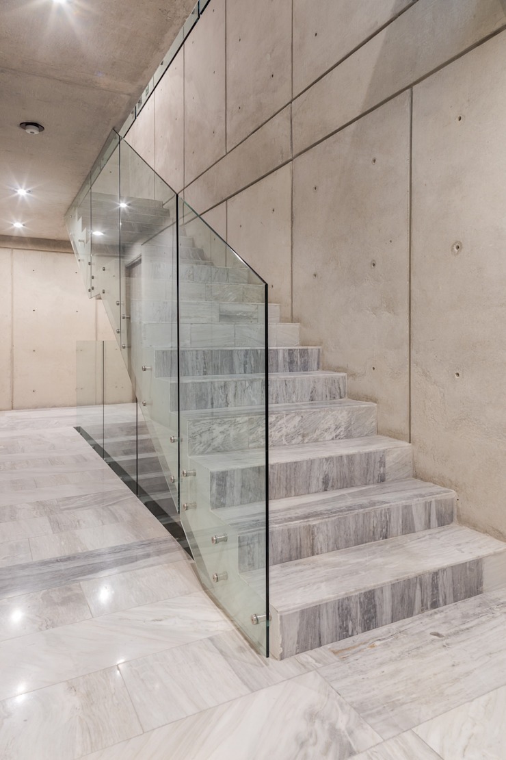 Modern Corridor, Hallway and Staircase by PHia Modern