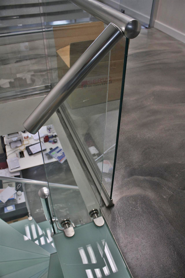 modern  oleh Visal Merdiven, Modern Kaca