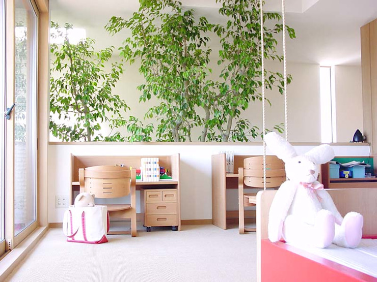 Cuartos infantiles de estilo moderno de (有)ハートランド Moderno