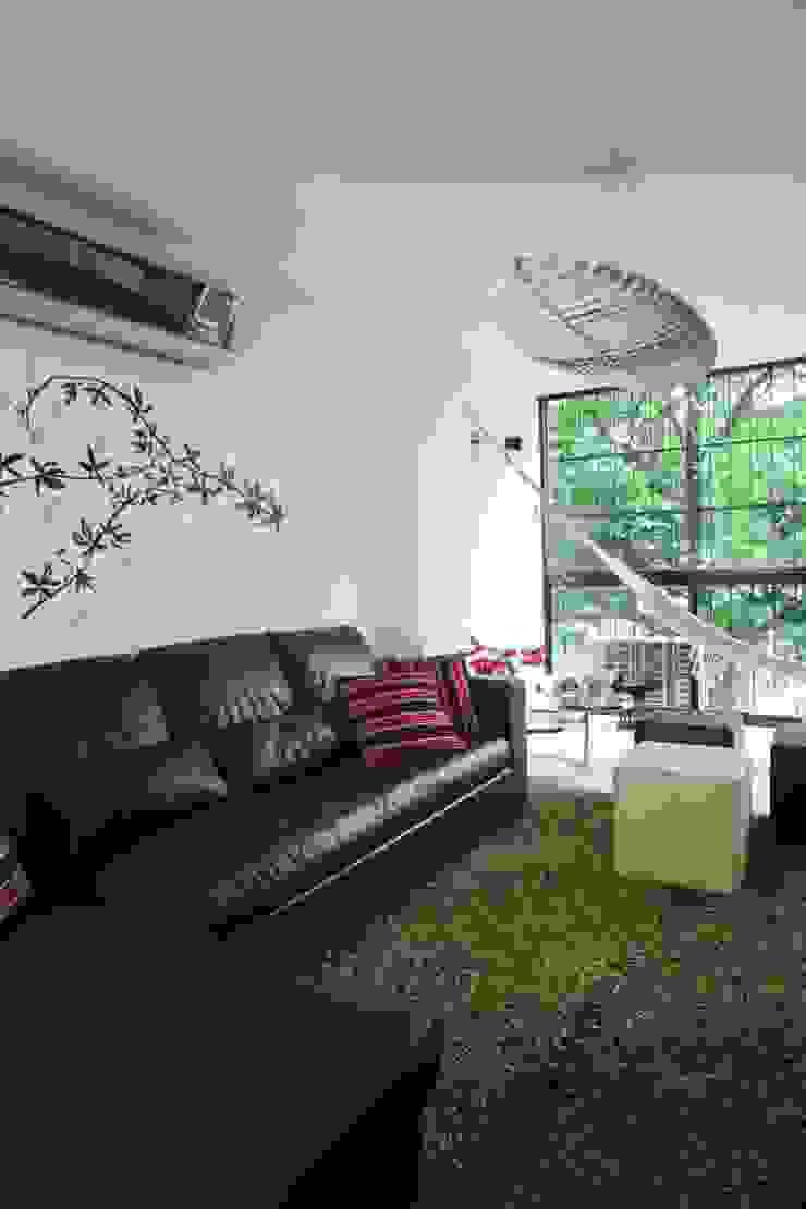 Apartamento 13A Salas de estilo moderno de Objetos DAC Moderno
