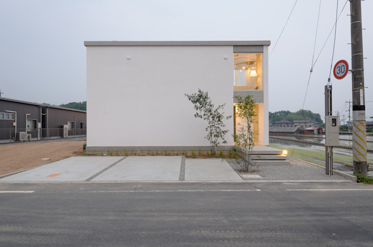 Houses by 風景のある家.LLC, Industrial Concrete